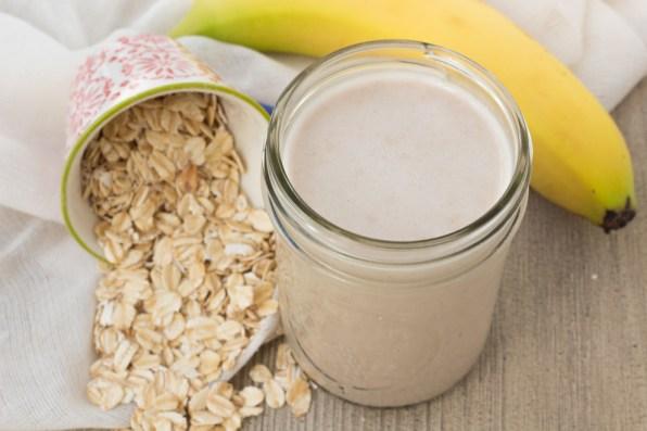Homemade Banana Oat Milk - Lauren Sharifi Nutrition