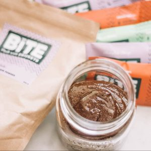 Chocolate Hazelnut Spread Recipe - Lauren's Lighthouse