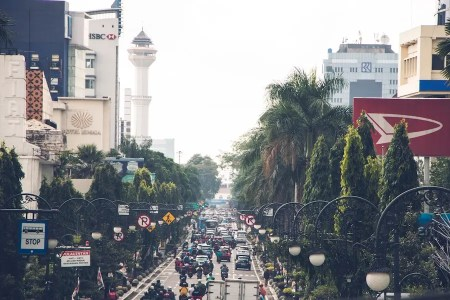 Jakarta Street Traffic by Ikhsan Assidiqie