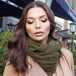 Carli Bybel Deluxe Palette Makeup Look
