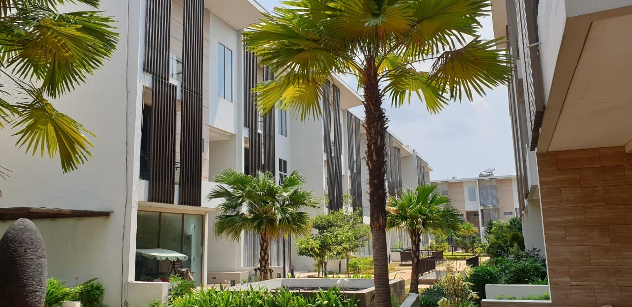 Jaya Ancol Seafront Townhouse