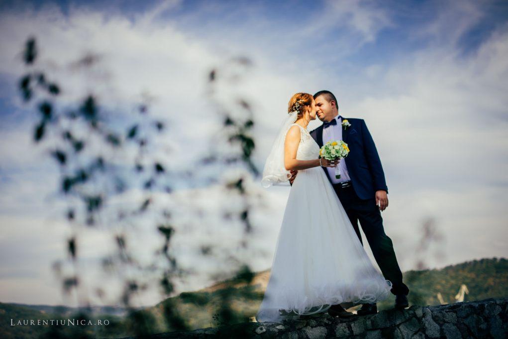 iulia-si-cosmin-fotografii-nunta-orsova-laurentiu-nica30