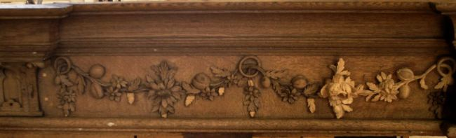 George England organ case restored by Laurent Robert Woodcarver, frieze 1