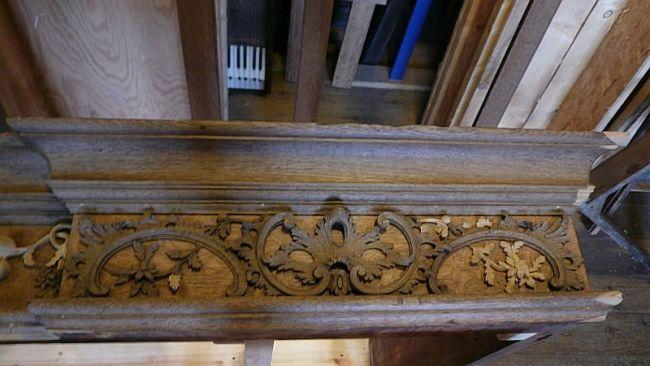 George England organ case restored by Laurent Robert Woodcarver, frieze 2