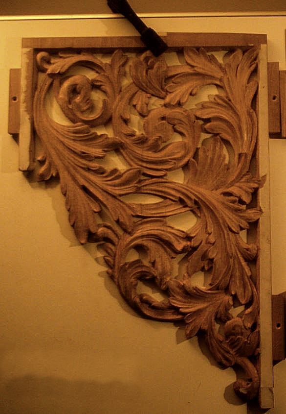 new organ case for Oxford by Laurent Robert Woodcarver, shaping of flat