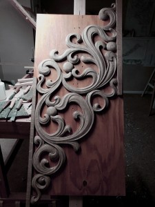 pipe shade carved in oak by Laurent Robert Woodcarver,9