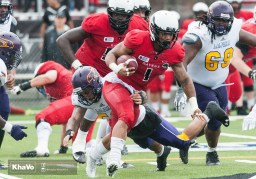 20160917-kha-vo-laurier-mfoot-vs-carleton_-128