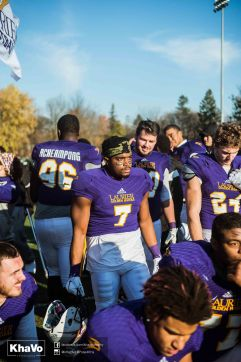 20161105-laurier-mfoot-vs-mcmaster_-550