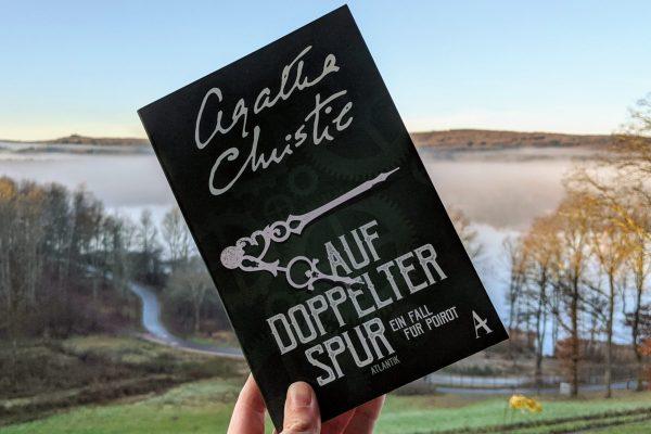 Auf doppelter Spur von Agatha Christie