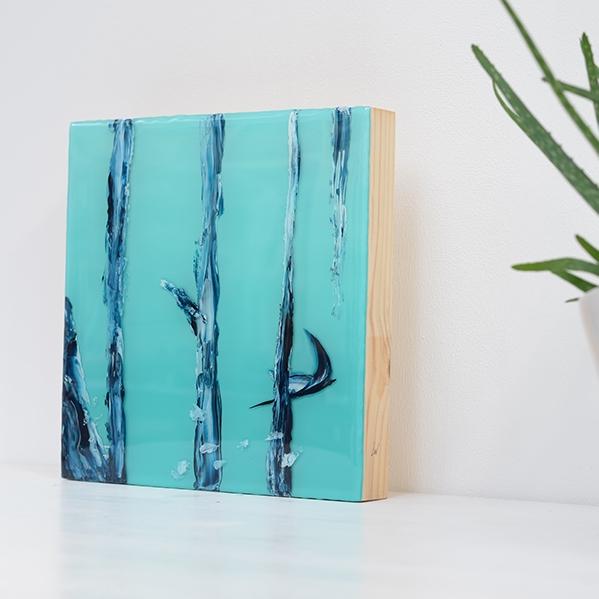 Manta – Resin on wood panel