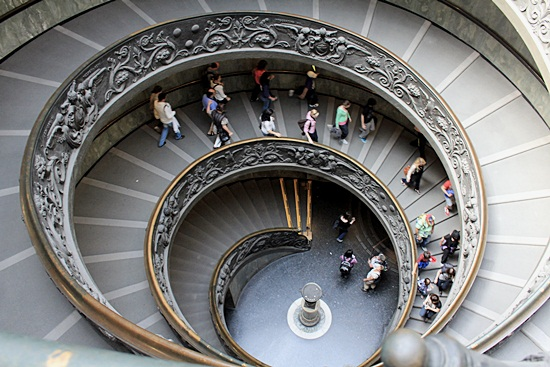 Most Beautiful Examples of Spiral & Helical Staircase Photography (10)