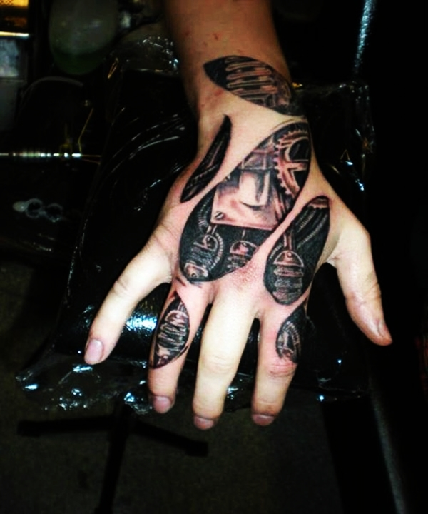 Bio-mechanical Tattoo Designs Examples (15)