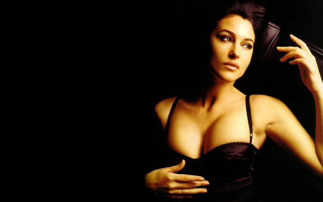 Sexy Monica Bellucci HD Wallpaper (5)