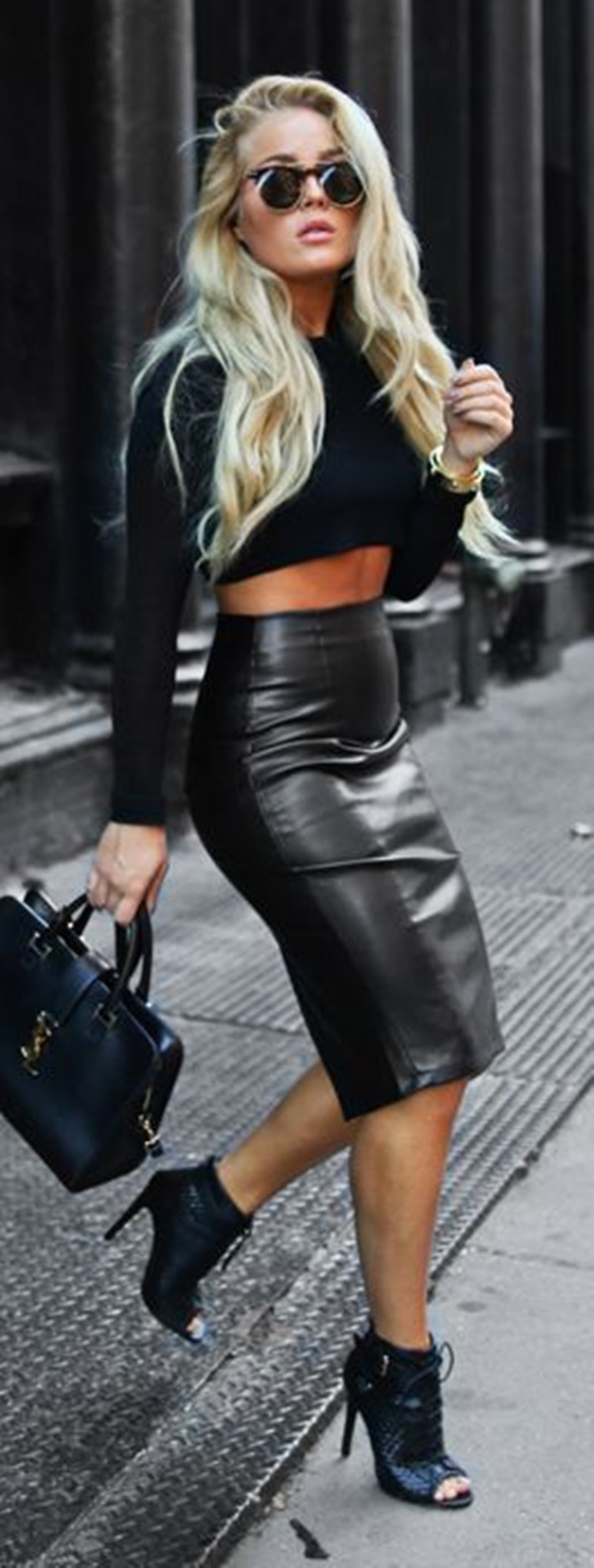 black on black outfits (20)
