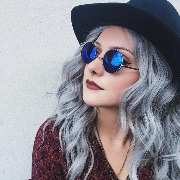 Gray Color Trend GrannyHair1.10