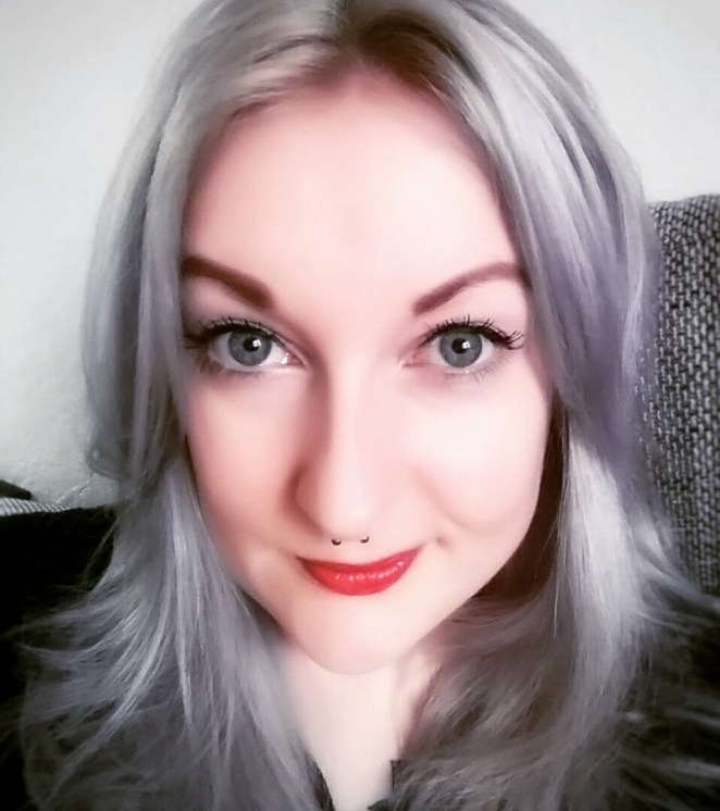 Gray Color Trend GrannyHair1.4