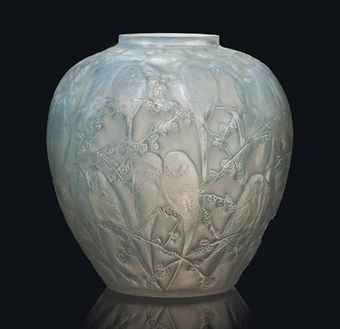 rene_lalique_a_perruches_vase_no_876_designed_1919_d5838275h