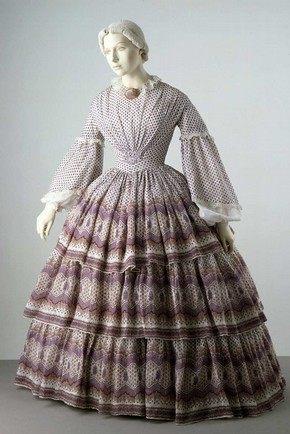 2006av6105-dress-with-cage-crinoline_290x435
