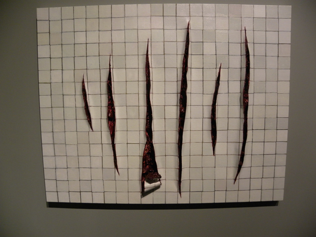 """Wall with Incisions a la Fontana II"", de la brasileña Adriana Varejão."