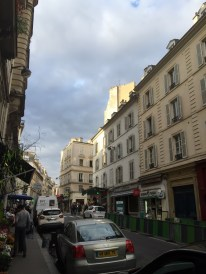 Pigalle area, Paris (photo vredit: http://www.lavaleandherworld.wordpress.com)