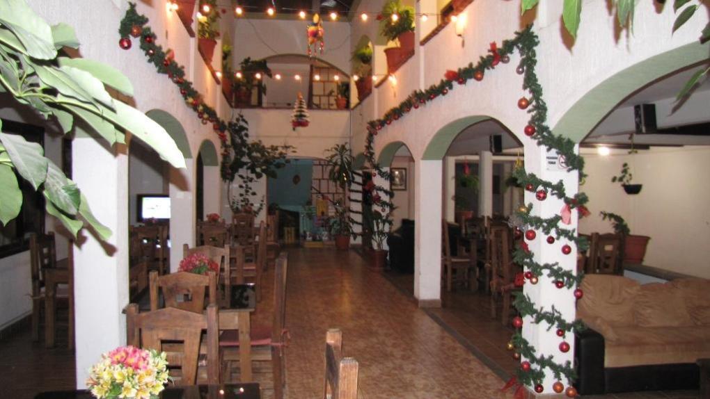 Hotel Jardines de Lux