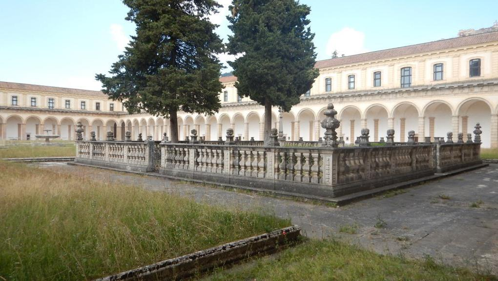 Padula (17) interno Cartosa