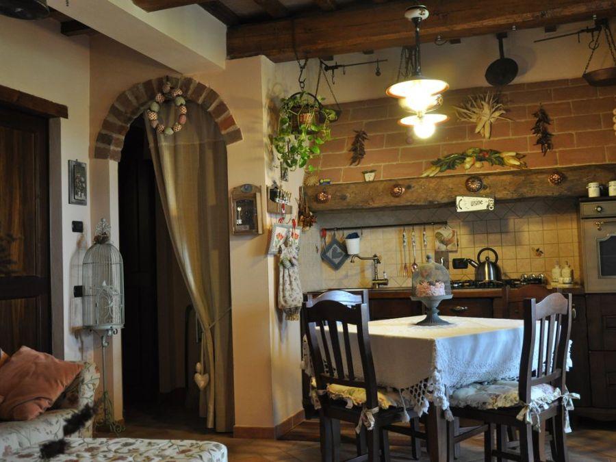 casale rustico a Castiglione del Lago