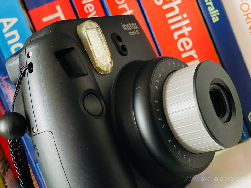 caratteristiche Instax mini8 Fujifilm - design