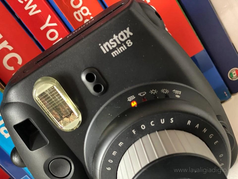 caratteristiche Instax mini8 Fujifilm - focus esposizione