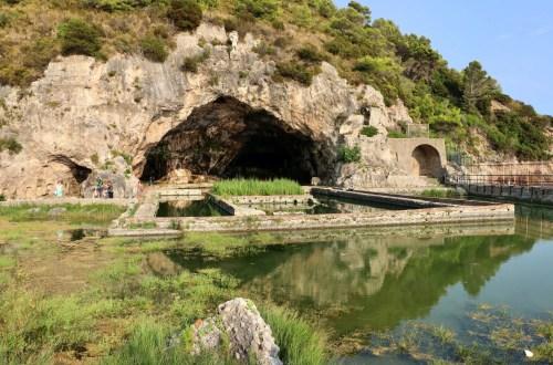 villa e grotta di tiberio - antro