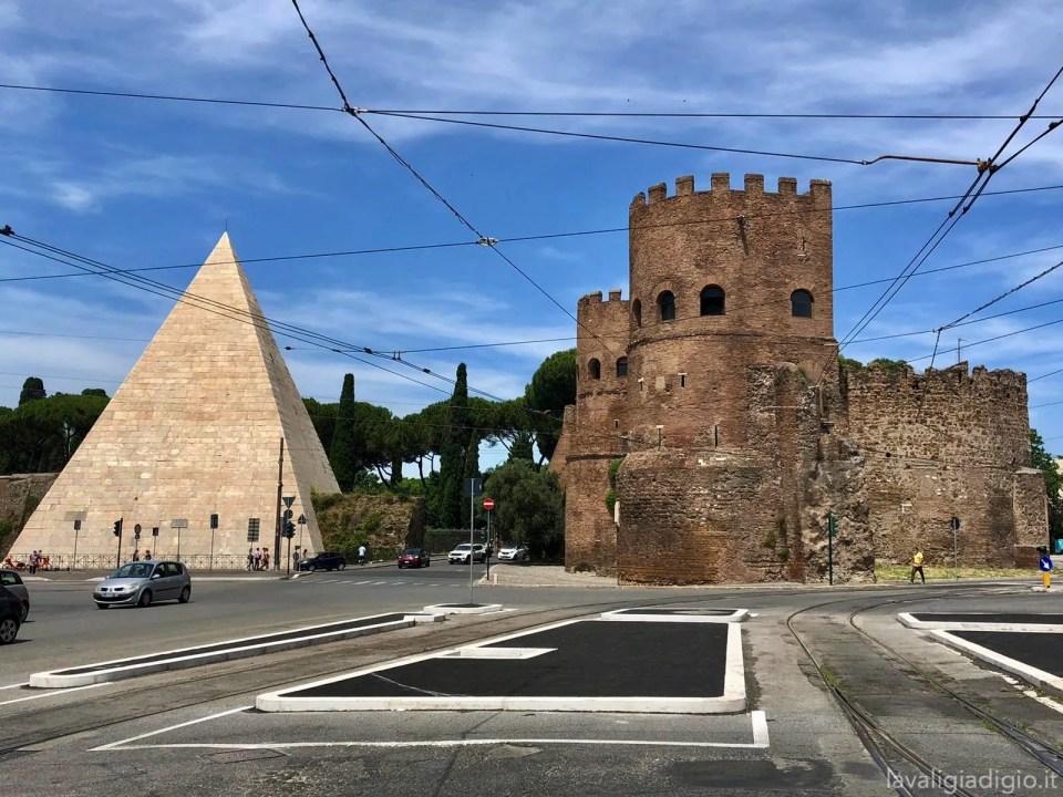 piramide bestia roma