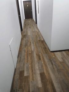 Southwind Authentic Mix Craftsman Manor Waterproof Flooring