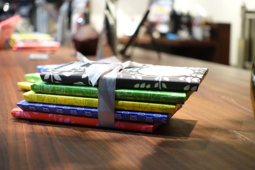 La sélection de chocolats de XOCOLATL, une compagnie établie à Atlanta. Leurs chocolats sont véganes grâce à l'usage de lait de coco plutôt que de lait de vache.
