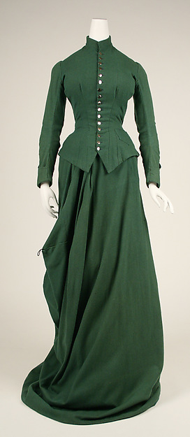Riding habit, circa 1885. At left, the skirt is down for riding, at right it is up for walking. Metropolitan Museum of Art, 1979.385.3