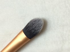Essential Foundation Brush 2
