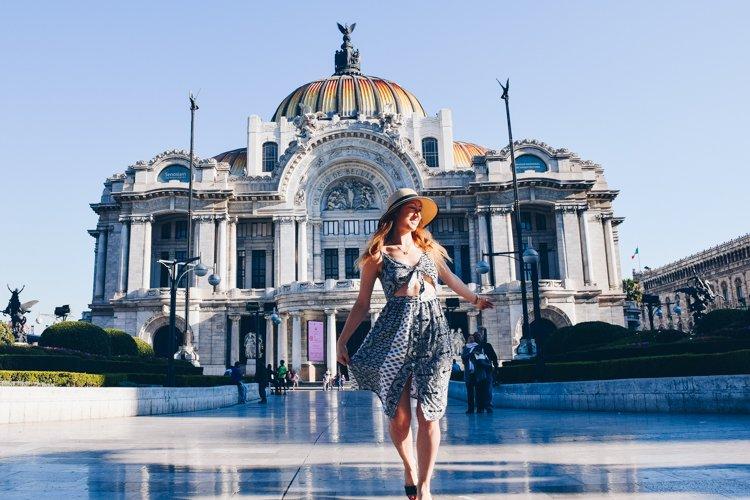 Palacio de Bellas Artes - 20 Photos Inspire You to Visit Mexico City, Mexico