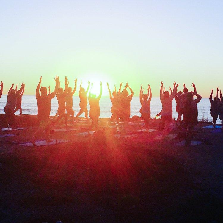 San Diego's Best Outdoor Adventures - Sunset Cliffs Yoga