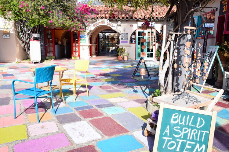 San Diego Bucket List - Balboa Park Spanish Village Center