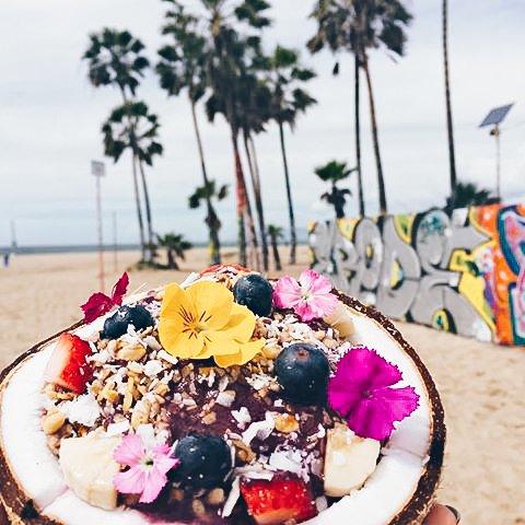 Amazebowls - Venice Beach Boardwalk