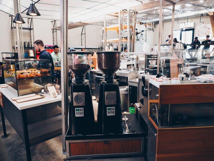 Best Coffee Shops in Venice Beach - Intelligentsia Coffee