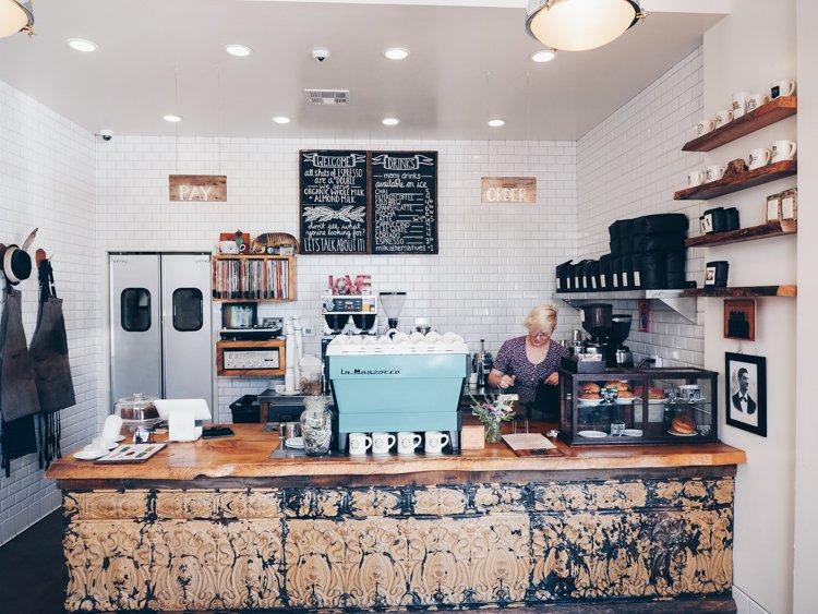 Menotti's Coffee Shop - Venice Beach Boardwalk
