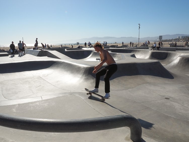 Venice Skate Park - Venice Beach Boardwalk