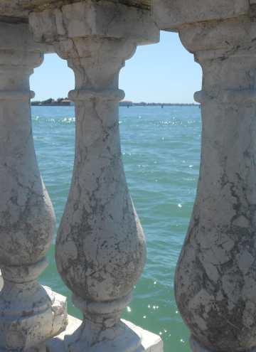 About Life in Venice: Qui siamo, e qui restiamo