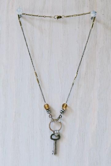 L'AVENIR // skeleton key necklace