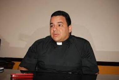 padre Samael Gamboa 1