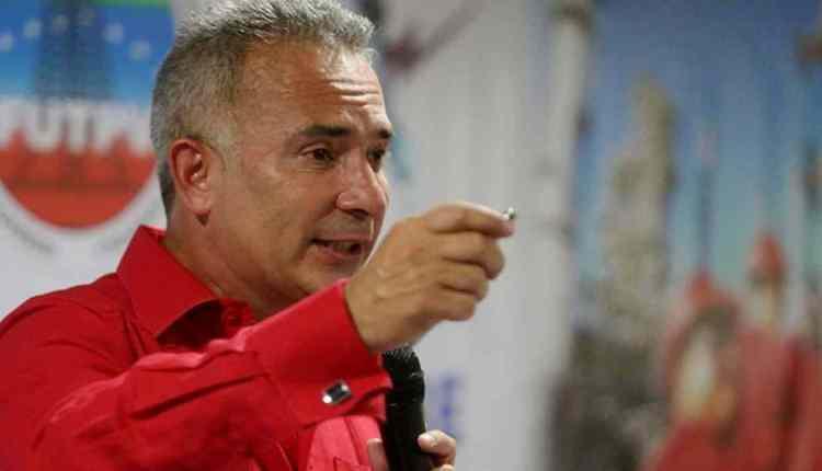 Freddy Bernal informó sobre la detención de 114 paramilitares