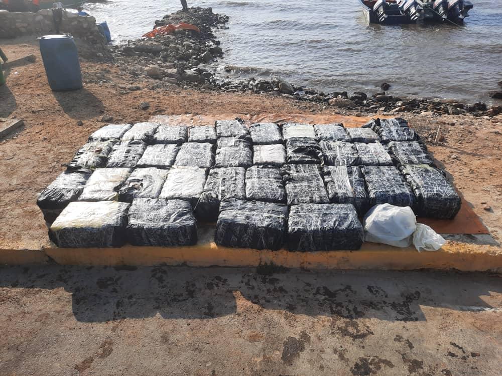 laverdaddemonagas.com gnb incauto 1 005 panelas de cocaina en una playa de sucre 2