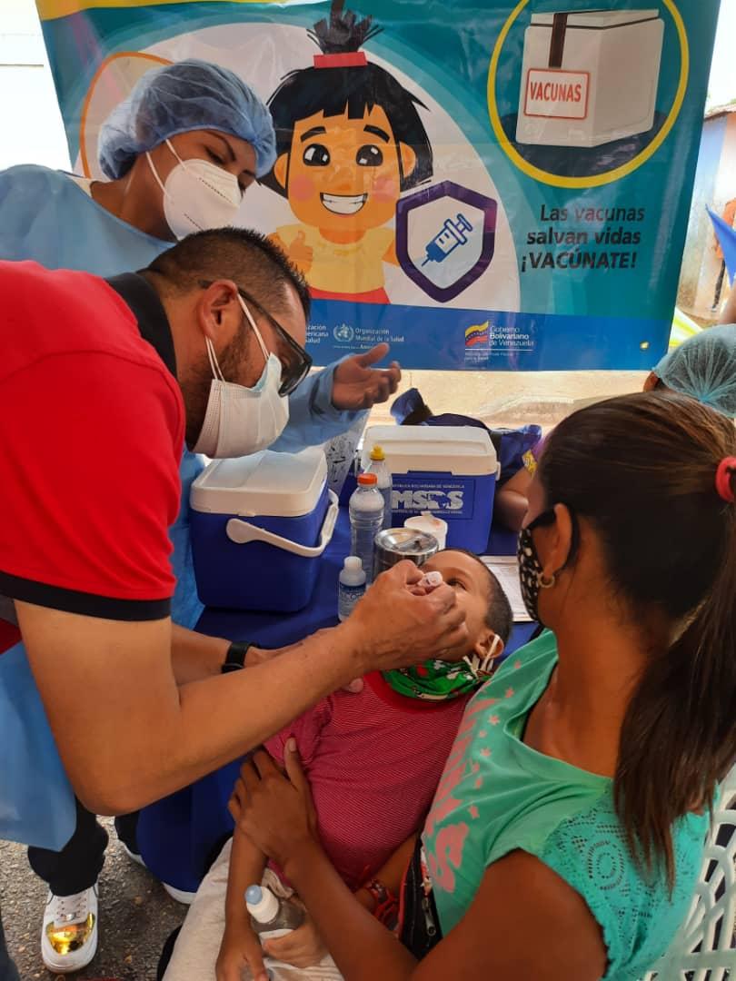 120 ninos de santa barbara atendidos en jornada pediatrica laverdaddemonagas.com whatsapp image 2021 05 27 at 8.32.36 pm 1