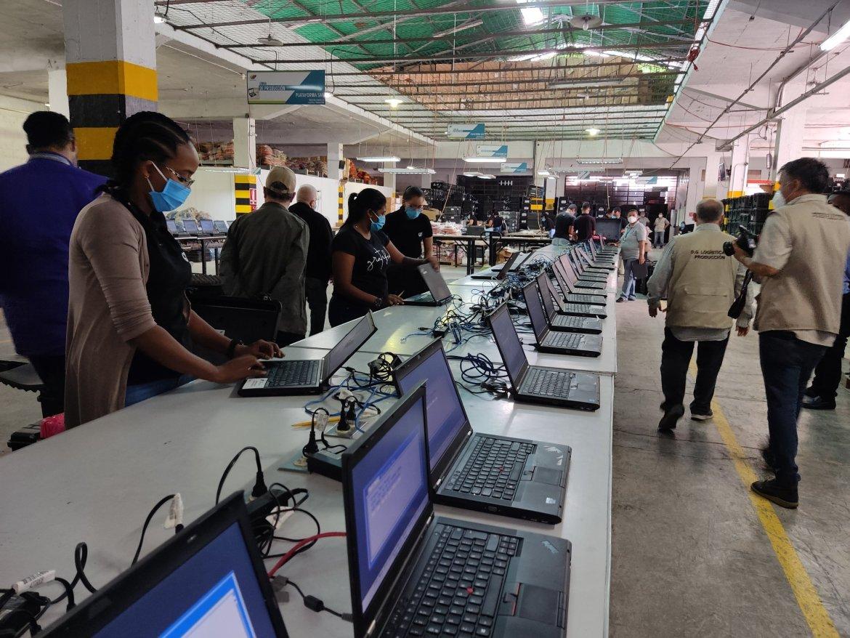 cne habilitara equipos para la jornada de inscripcion y actualizacion del registro electoral 1