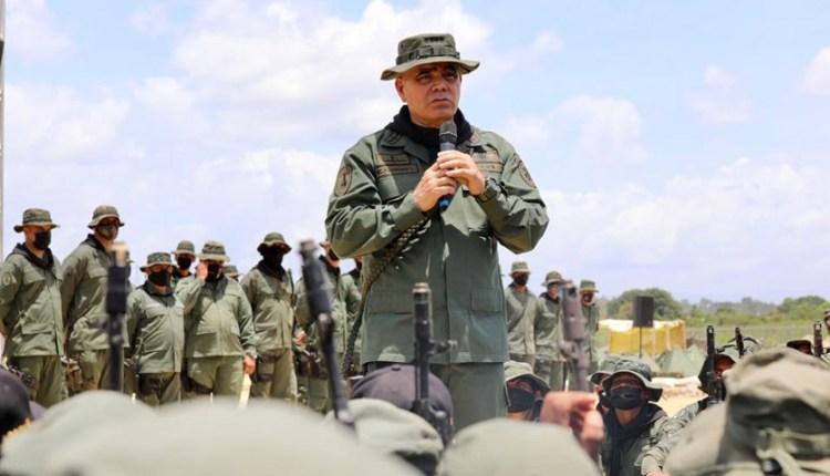 ocho militares secuestrados
